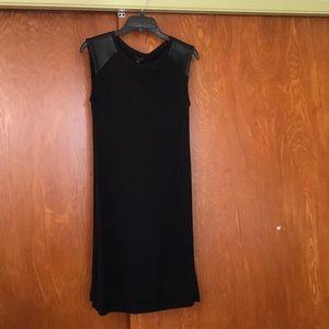Black sleeves dress
